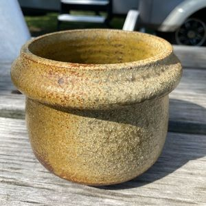 Vintage handmade Cache pot Pottery